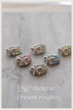 jp user_images 20141018 22 nailsalon-noblesseoblige 61 j Handmade Accessories, Fashion Accessories, Diamond Earrings, Stud Earrings, Ring Tutorial, Uv Resin, Clay Beads, Beaded Embroidery, Diy And Crafts