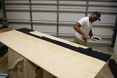 DIY Platform Bed With Floating Night Stands: 7 Steps (with Pictures) Bed Frame Plans, Diy Bed Frame, Pallet Bed Frames, Pallet Beds, Nightstand Plans, Floating Bed, Diy Platform Bed, Wooden Pallet Furniture
