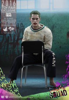 Hot Toys Unveils Their 1/6 Scale 'Suicide Squad' Joker Figure
