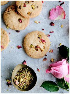Rose Pistachio Olive Oil Vegan Shortbread Cookies #spring recipe #bakebake #sweet