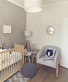 Die besten 25 holzkrippe ideen auf pinterest kinderzimmer babyzimmer und babyzimmer f r jungen - Graues kinderzimmer ...