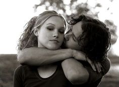 Julia Stiles and Heath Ledger as Kat & Patrick (10 things I hate about you, 1999) - Como continuar pós essa foto? <3