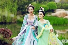 The Empress of China (simplified Chinese: 武媚娘传奇) is a 2014 Chinese television drama based on events in and Tang dynasty, starring producer Fan Bingbing as the titular character Wu Zetian—the only female emperor in Chinese history. Oriental Fashion, Asian Fashion, Oriental Style, The Empress Of China, China People, Japan Store, Magazine Japan, Fan Bingbing, Only Clothing