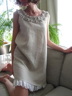 Linen dress collar and pleat underskirt