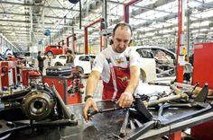 استمرار قطاع الصناعات التحويلية في ايطاليا بالانكماش في نوفمبر   FXSTAT