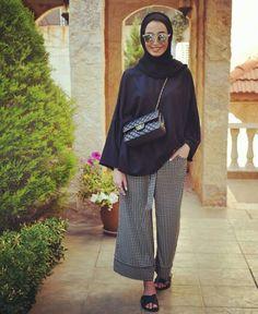 Hijab Fashion Summer, Modest Fashion, 90s Fashion, Love Fashion, Fashion Outfits, Fashion Check, Fashion Trends, Islamic Fashion, Muslim Fashion