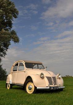 .._Citroën 2CV