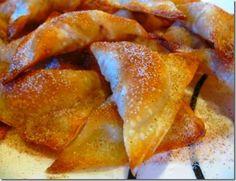 Danica's Creamy Cinnamon Apple Pie Won Ton Turnovers - 4 for 3 points+ Wonton Recipes, Ww Recipes, Unique Recipes, Sweet Recipes, Snack Recipes, Dessert Recipes, Cooking Recipes, Snacks, Won Ton Wrapper Recipes