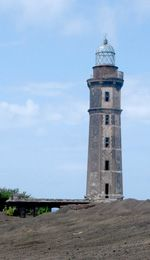 Alter Leuchtturm von Capelinhos (Foto: Eichner-Ramm)