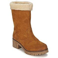Gracias a la bota marrón urbana Sefale de Belmondo, irás a la moda de la cabeza a los pies. Su corte en piel es parte del secreto de su estilo. Esconde un forro en textil así como una suela de caucho. Equipado con un tacón de 5 cm ultra femenino. Un modelo que nos ofrece una buena dosis de moda. #moda #botas #botines #zapatos #mujer #spartoo http://www.spartoo.es/Belmondo-SEFALE-x405176.php