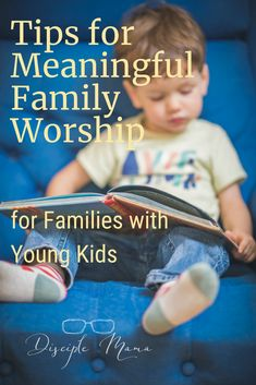 Amazing tips for having meaningful family worship and daily devotions to help lead young kids into a relationship with Jesus. Practical Parenting, Good Parenting, Christian Parenting Books, Raising Godly Children, Raising Kids, Family Bible Study, Christian Devotions, Christian Faith, Christian Families