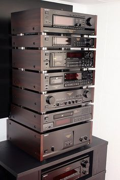 Sony ES series Hi-Fi system. Hi Fi System, Audio System, Som Retro, Audio Vintage, Audio Rack, Cassette, Hifi Audio, Audio Speakers, High End Audio