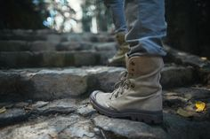 Relieve your city's history and walk through its unknown and forgotten paths with your Palladium Pallabrouse Baggy. #PalladiumBoots #CityExplorer