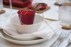 What a great idea for the Christmas Dinner Table. Add a cute little name tag and voila.