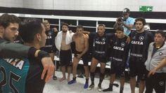 """BotafogoDePrimeira: Tinta e sangue: a """"batalha de Santiago"""" para jogad..."""