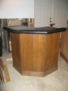 Corner Bar Oak W Black Top
