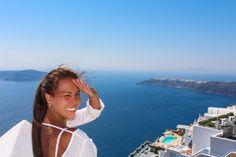 http://www.esteesmilook.com/santorini-sus-romanticos-atardeceres/   Descubre el encando en Grecia, Santorini.