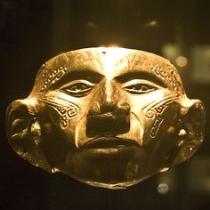 Mascara de hechicero. Arte precolombino, Museo del Oro, Bogotá DC, Colombia. Christopher Columbus Voyages, Inca, Ancient Jewelry, South America, Central America, Ancient Art, Vintage Industrial, Archaeology, Art History