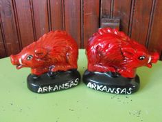 Vintage Arkansas Razorback Wild Hogs Salt and Pepper Shaker Set by peacenluv72 on Etsy