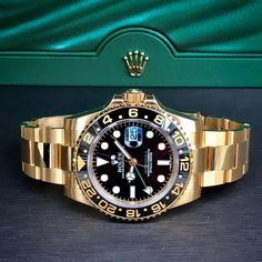 Gold Rolex GMT with Black Dial! What are your thoughts on this watch? Rolex Watches For Men, Seiko Watches, Luxury Watches For Men, Cool Watches, Elegant Watches, Beautiful Watches, Rolex Boutique, Datejust Rolex, Rolex Submariner Gold