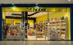 Imagen exterior de la librería Espacio Lector Nobel Rivas