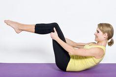 Pilates dla początkujących - proste ćwiczenia  http://www.fit.pl/cwiczeniadlaciebie/w_domu/pilates_dla_poczatkujacych,318,1,0.html