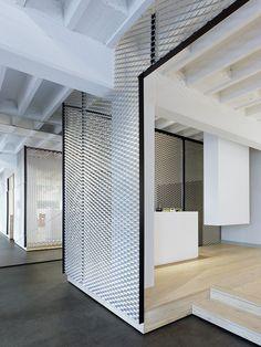 Projeto de Interiores do Loft do Escritório Movet / Studio Alexander Fehre