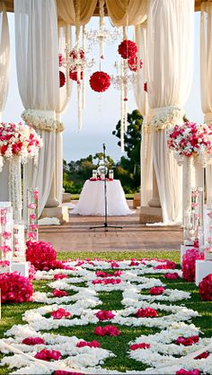 Pretty Wedding Ceremony Decor