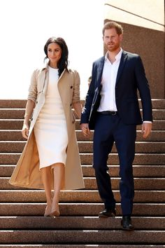 4 Meghan Markle-Inspired Wardrobe Essentials All Women Need markle fashion 4 Pieces Every Meghan Markle-Inspired Wardrobe Needs Estilo Meghan Markle, Meghan Markle Style, Classy Outfits, Casual Outfits, Fashion Outfits, Womens Fashion, Fashion Trends 2018, Meghan Markle Outfits, Meghan Markle Fashion