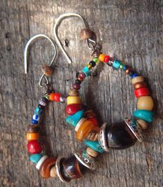 Round loop wire-wrapped beaded earrings