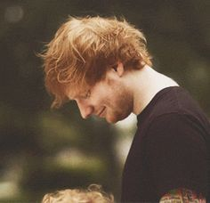 17 Charming And Adorable Ed Sheeran GIFs That Might Make Your Ovaries Explode - BuzzFeed Mobile