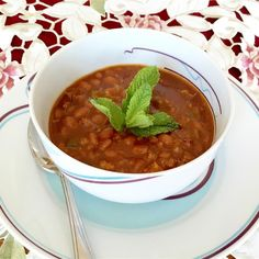 Best Baked Beans, Baked Bean Recipes, Spicy Recipes, Slow Cooker Recipes, Crockpot Recipes, Great Recipes, Cooking Recipes, Favorite Recipes, Beans Recipes