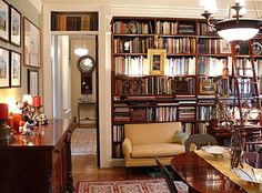 traditional-decor-new-york-apartment-style-decorating-book-shelves-library-home-eclectic-