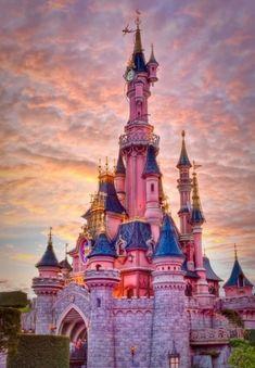 Красивейшие места мира / Замок Диснейленд в Париже, Франция