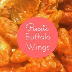 Hoy preparamos la famosa receta de Buffalo Wings: las alitas de pollo picantes de USA. Un entrante delicioso, picante y adictivo que te encantará. Chicken Kitchen, Buffalo Wings, Salsa Buffalo, Kfc, Sauce Recipes, Chicken Wings, Curry, Food And Drink, Yummy Food