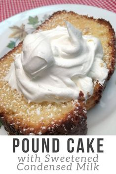 This easy pound cake recipe with sweetened condensed milk is moist and delicious. It's a wonderful old fashioned recipe. Cake Pound cake with sweetened condensed milk Best Cake Recipes, Pound Cake Recipes, Dessert Recipes, Free Recipes, Food Cakes, Cupcake Cakes, Pound Cake Cupcakes, Rum Cake, Bundt Cakes