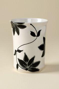 Set of Porcelain Cups par kristenkswanson sur Etsy