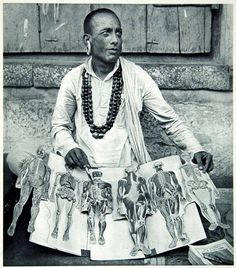 Free lecture on anatomy.Tamil Nadu, India, 1950s.