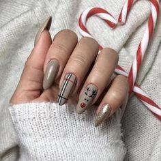 Christmas Gel Nails, Christmas Nail Designs, Holiday Nails, Christmas Fun, Christmas Carnival, Reindeer Christmas, Christmas Design, Chic Nails, Stylish Nails