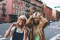 NYC TRAVEL GUIDE with Hailey Devine and Amber Fillerup