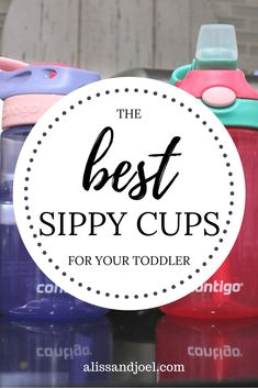 This is how we transitioned our baby from a bottle to a sippy cup. Read our post to find out which are the best sippy cups!