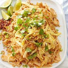 Chicken Pad Thai - You don't have to hit the road to get a fix of this trendy street food. This skillet Pad Thai recipe soaks the noodles in water, then cooks them in a crackling homemade brown chili sauce. Chicken Skillet Recipes, Skillet Meals, Chicken Casserole, Recipe Chicken, Pollo Thai, Thai Food Restaurant, Asian Recipes, Ethnic Recipes, Easy Recipes