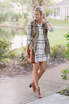 How To Style a Shirtdress for Fall // Treats and Trends Blog
