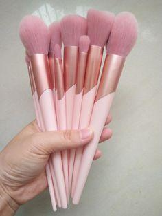 Cute pink makeup brushes set available wholesale Inquiry whatsapp wechat 86 13424200883 Make Makeup, Pink Makeup, Makeup Brush Set, Hair Brush, Makeup Tools, Chanel Makeup, Clown Makeup, Makeup Style, Make Up Kits