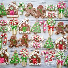 Cute Christmas Cookies Edition] – Blush & Pine Creative Cute Christmas Cookies For 2018 – Blush & Pine Cute Christmas Cookies, Christmas Biscuits, Iced Cookies, Cute Cookies, Christmas Sweets, Christmas Gingerbread, Christmas Cooking, Royal Icing Cookies, Christmas Goodies