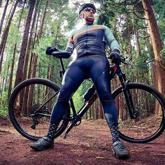 Cycling Wear, Cycling Jerseys, Cycling Outfit, Women's Cycling, Lycra Men, Cycling Quotes, Bicycle Design, Green Man, Wakeboarding