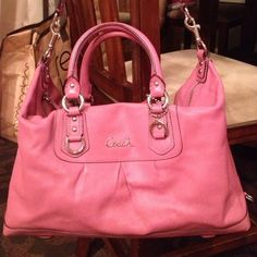 Authentic Coach bag! A really nice light pink coach bag! It's in pristine condition and % authentic! No stains or marks! Willing to negotiate reasonable prices! Coach Bags