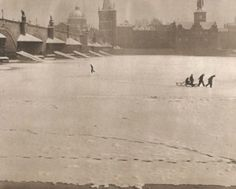 Winter Prague by J.Marco, late kids playing under Charles Bridge Prague Christmas, Prague Winter, Old Pictures, Old Photos, Old Photography, Magic City, History Photos, Illustrations, Old Postcards