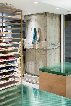 Revising a Kimoto Store: Otsuka-Gofukuten Kobe
