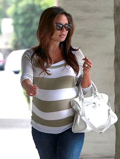After lunching for two, a very pregnant Vanessa Lachey stylishly heads to brunch in Encino, Calif., on Wednesday.